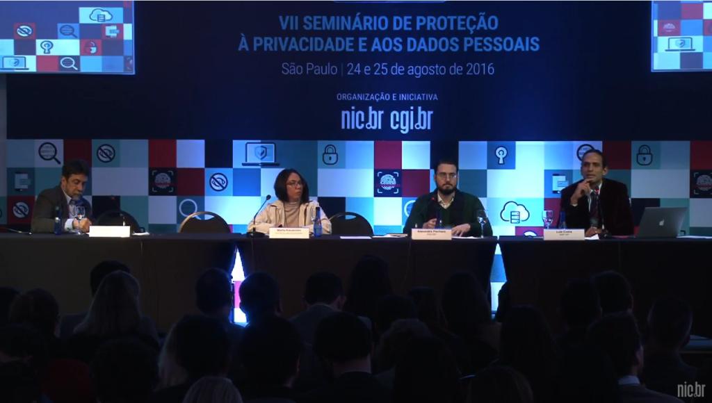 Primeira sessão do evento discute a relação dos algoritmos, privacidade e a preservação de direitos. Crédito: Reprodução NICbrvideos/Youtube